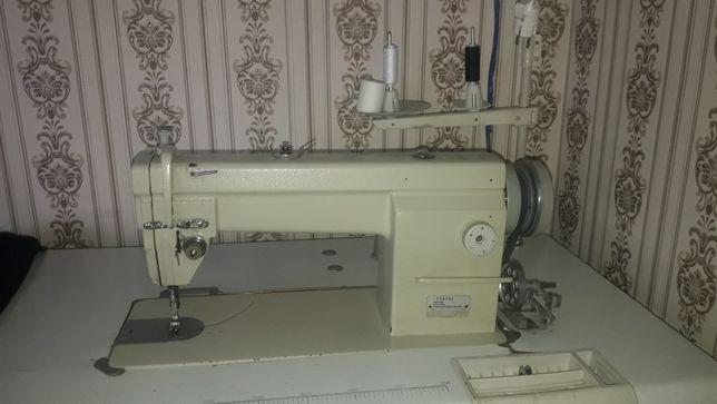 Швейный машина Yamata