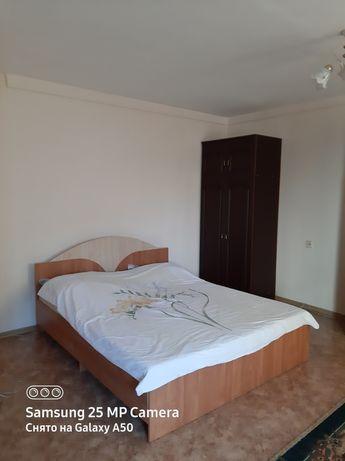 Суточный квартира Республика Иманова