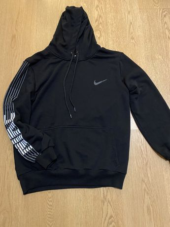 Горница Суетчър  Nike s- m
