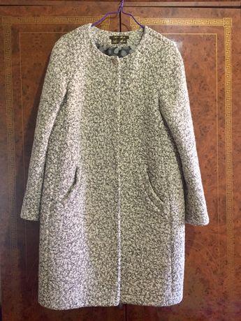 Продам качественное пальто