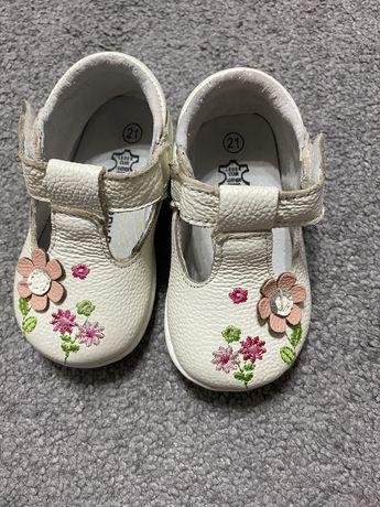 Papuci fete, marimea 21