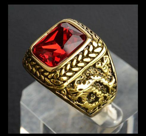 Продам перстень-печатку сталь с титаном в позолоте