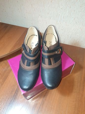 Продам обувь на осень.