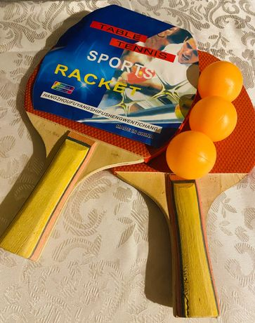 Vând, set tenis de masă-Ping Pong.