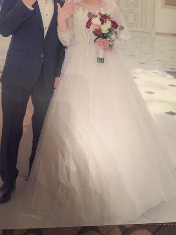 Эксклюзивное свадебное платье срочно