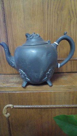 Ceainic antic, vechi de peste 100 ani