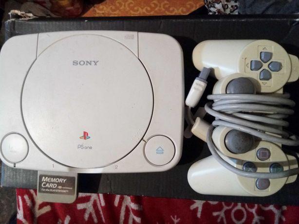 Vând PlayStation