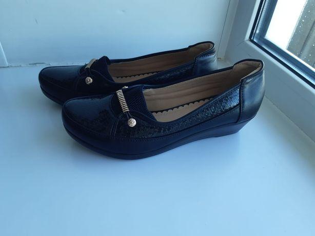 Туфли 40 размер, новые