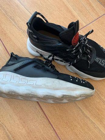 De vanzare pantofi sport