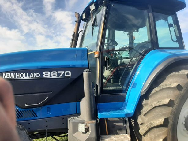 Tractor New Holland 8670