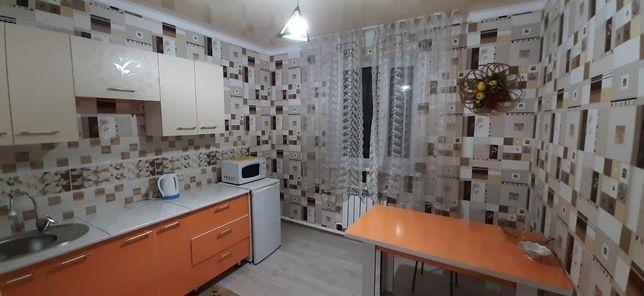Посуточно 1 - но комнатные квартиры с  евро ремонтом