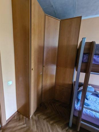 Шкаф угловой светлый