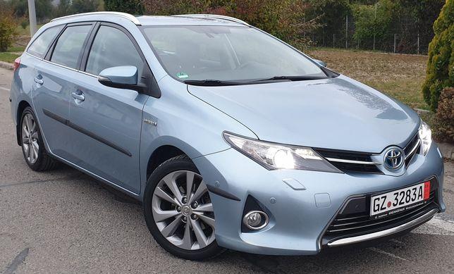 Toyota Auris Touring Sports Hybrid Executive (garanție)
