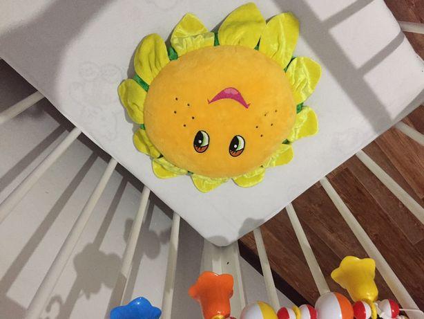 Декоративная велюровая подушка детская