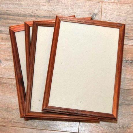 Продам Деревянные Рамки со стеклом за 700тг./шт., состояние новых