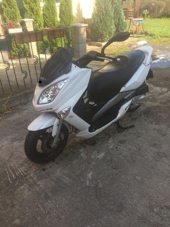 Scuter Aeon 125 cc