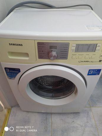 Продам стиральную машину Самсунг в отличном состоянии