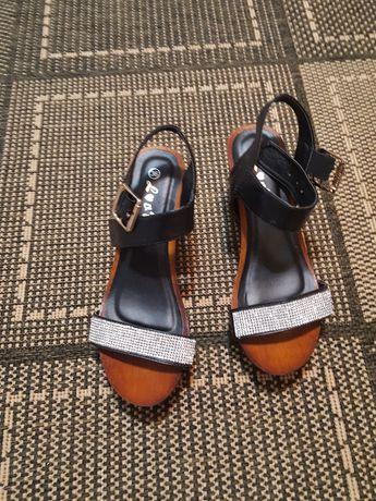 Sandale damă nr 36