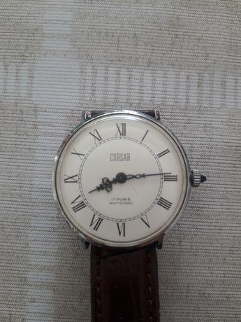 Продам часы старинные.