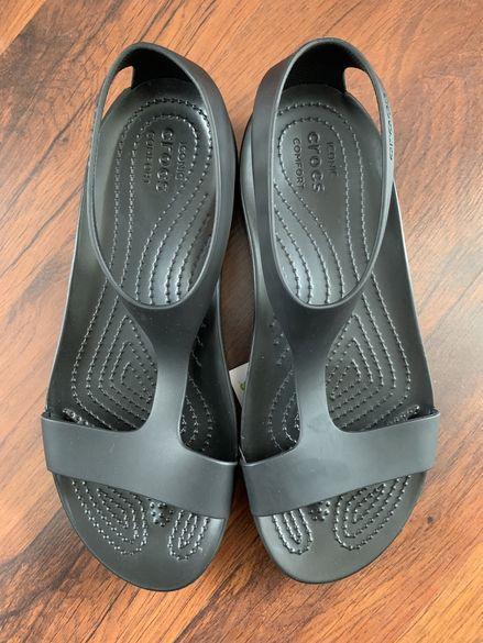 CROCS-дамски сандали-НОВИ!!!