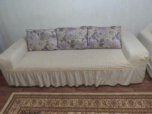 Продам диван тройку фиолетового цвета
