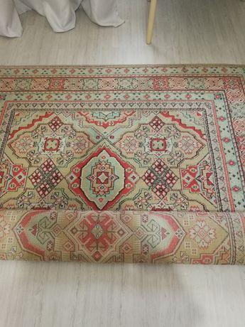 Продам ковёр советский. 2х3, дёшево