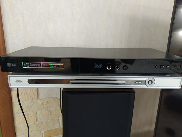 Продам DVD player 2шт
