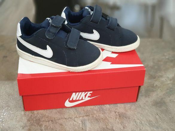 Маратонки Nike 22 номер + подаръци