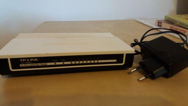 Router 8 porturi TP LINK,