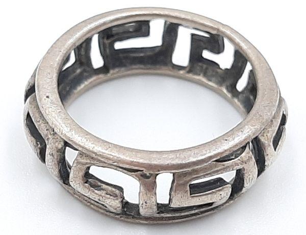 Frumos inel vintage din argint 925 ,model deosebit !
