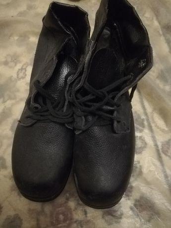 Продам спец.обувь