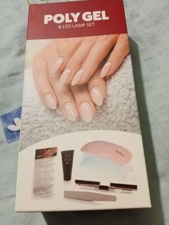 Poly gel pentru unghii