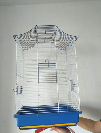 Продам клетку для птиц