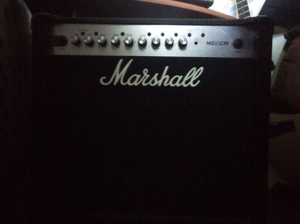 Продам комбоусилитель Marshall