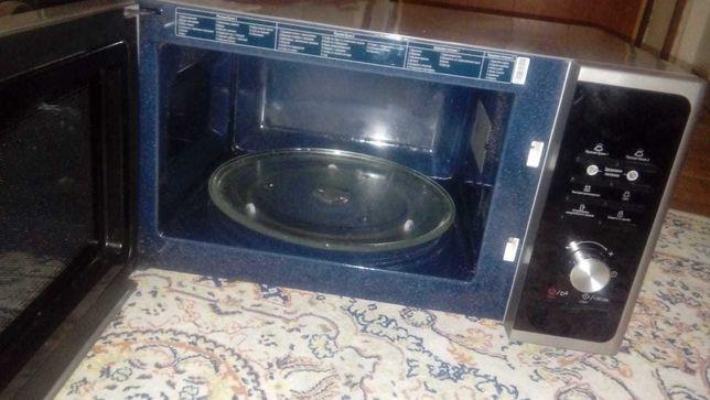 Продаеться  микроволновая печь  SAMSUNG в  отличном состоянии-