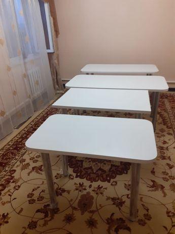 Стол обееденый кухонный