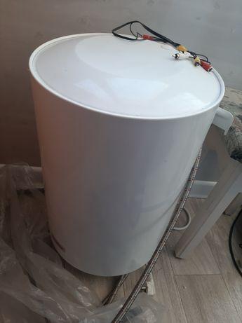 Продам водонагреватель 30 литров