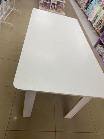 Продам стол в хорошем состоянии