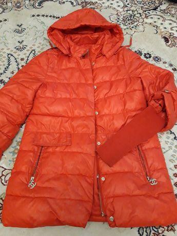 Продам куртку 5000 на рост 146
