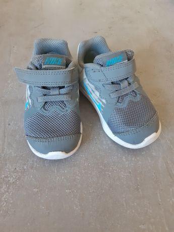 Детски маратонки Nike номер 21