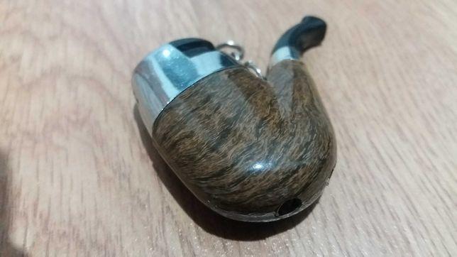 COLECTIE_Bricheta-breloc chei pipa noua_rezervor - imitatie lemn masiv