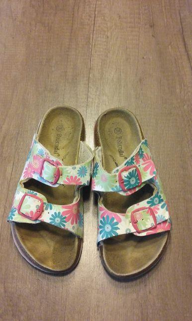 Papuci fete marimea 34