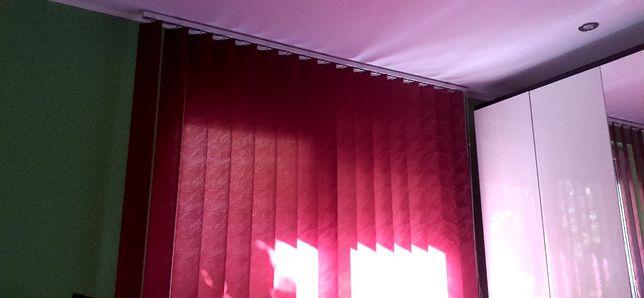 Vand Jaluzea,pt camera  in stare foarte buna!!