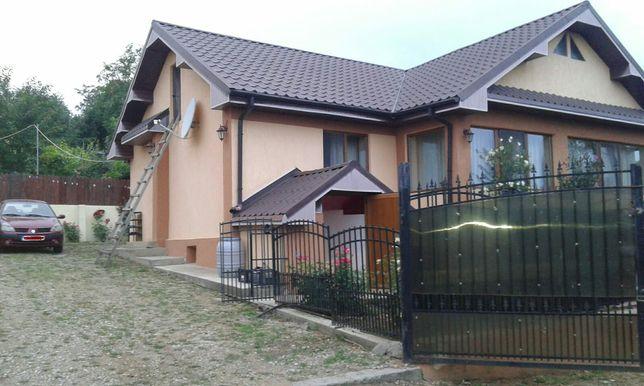 Casa de vânzare în comuna Izvoarele