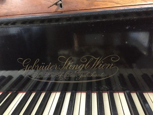 De vânzare pian vienez