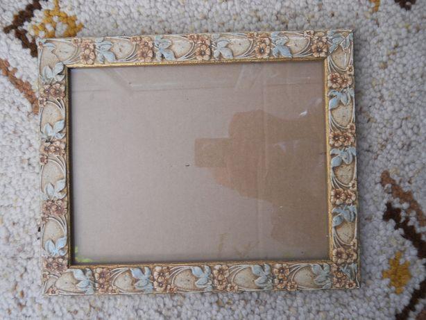 Rama dreptunghiulara din lemn cu ceramica,decor floral,31,5x25,8cm