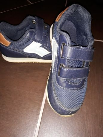 Adidasi H&M