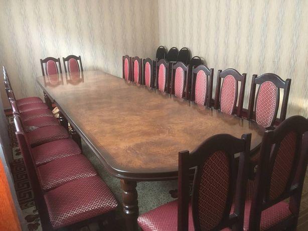 Стол и 20 стулья Шымкент самовывоз