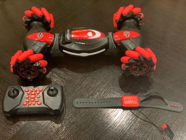 Masinuta cu telecomanda si senzor de control ( STUNT ) RED