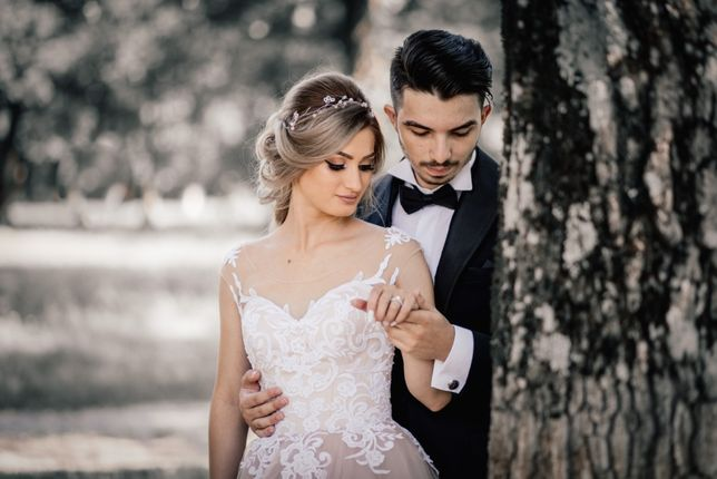 Servicii foto-video, cameraman, fotograf, nunta, botez, album, pret